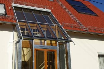 Neubau eines EFH in Holzrahmenbauweise mit Wintergarten (Niedrigenergiehaus)